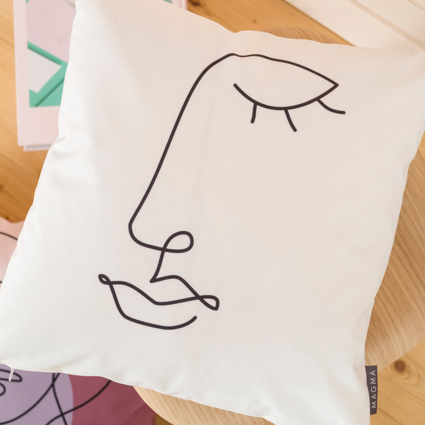 "Sofakissen ""Modern Faces"" weiss     40 cm x 40 cm"
