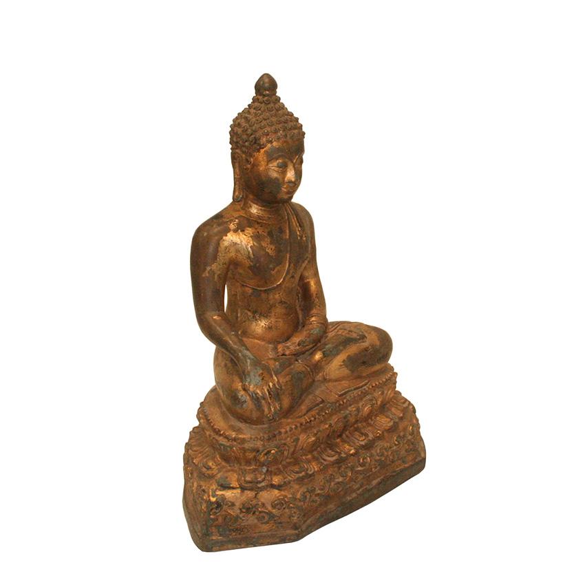 Bronzebuddha im Chiang Saen Stil auf dem Lotosblumenthron