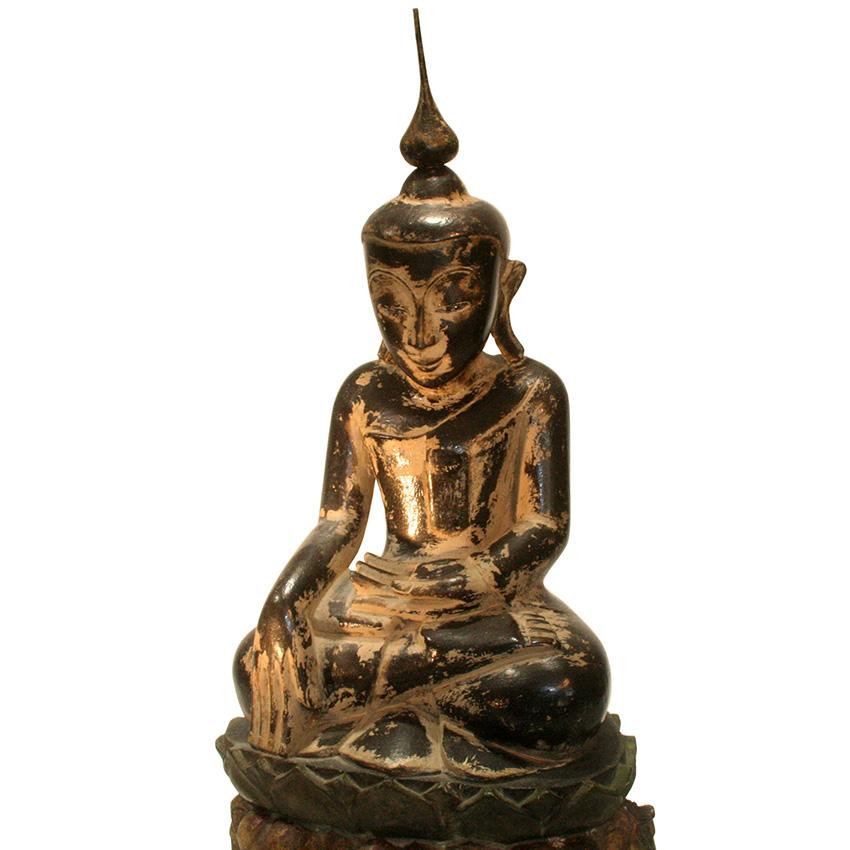 Shan Buddha aus Teakholz auf dem Elefantenthron