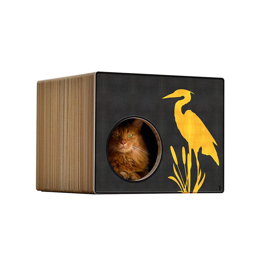 Phredia Eckhaus -Farbwelt Goldkranich auf schwarz - Kratzmöbel für Katzen